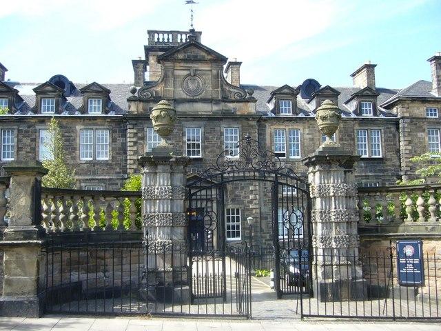 uni in edinburgh, student housing guide Edinburgh